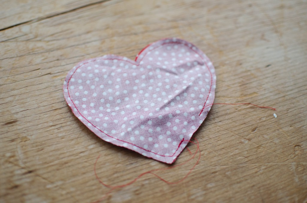 heart-pocket-DIY-02